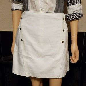 GREAT condition White skirt